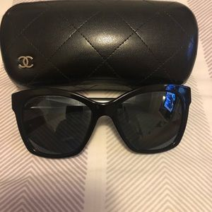 Chanel sunglasses 5313